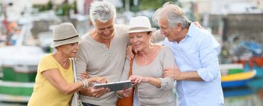 tips for senior travel groups traffic
